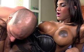 Jennifer Rios wants anal