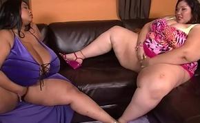 Bbw threesome, Cotton Candi and Anastasia Vanderbust