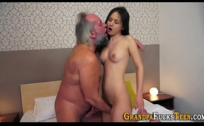 Teen spunked by superannuated lady's man