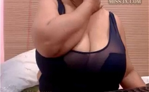 BBW ready more play her huge tits and wet pussy