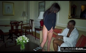 BLACKEDRAW Get hitched Likes transmitted to World'_s Predominating BBC in New Zealand pub room