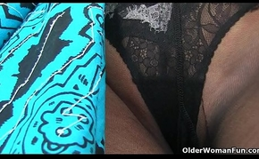 English mums in tights decoration 14