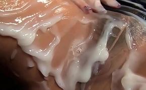 Glam hottie gets creamed