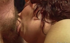 Heavy facial be proper of slut which a guy licks off