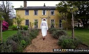 Brazzers - Baby Got Tits - (Erica Fontes, Ryan Ryder) - Downton Grabby 2