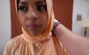 POV fucked muslim amateur takes cum in mouth